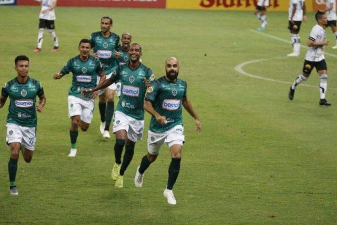 Série C: Botafogo-PB joga mal, perde para O Manaus e se complica ainda mais