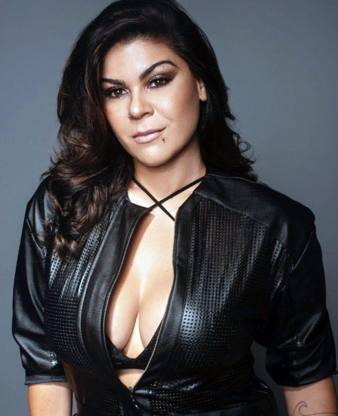 Cantora paraibana Myra Maya passa a integrar programação de rádio portuguesa