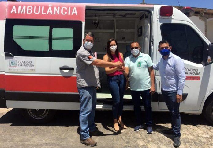 Hospital Regional de Patos ganha mais uma ambulância de apoio básico