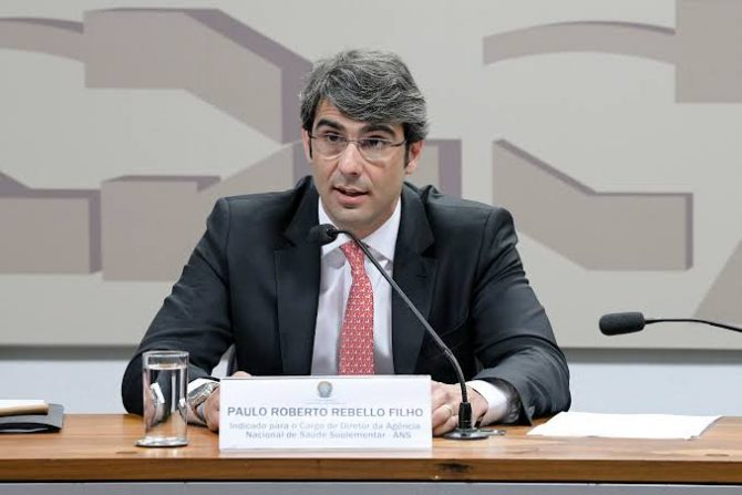 Bolsonaro indica advogado paraibano para presidir a ANS; Senado avalia