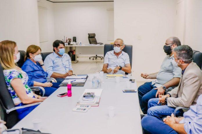 Cícero lança cursos para ensinar servidores a trabalharem em home office