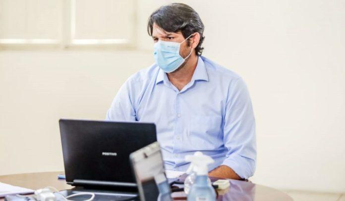 Leo comenta aplicativo da PMJP para agilizar vacinação contra a Covid