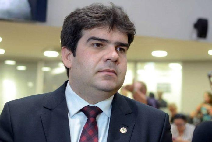 Eduardo Carneiro pede a João reabertura da Vila Olímpica Pahayba