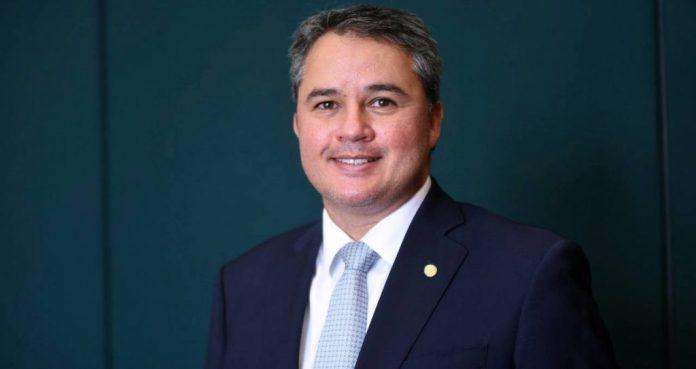 Mandato de Efraim Filho prioriza destinação de recursos para a saúde