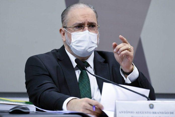 Por 21 votos a 6, CCJ do Senado aprova Aras para novo mandato na PGR