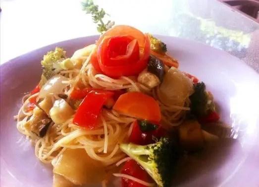 capellini-com-legumes