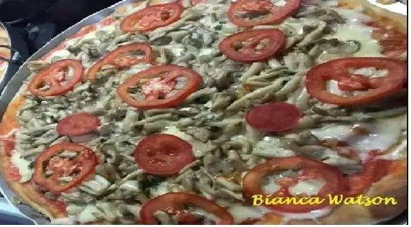 Tem Na Web - Receita de massa para pizza caseira - Deliciosa e fofinha!