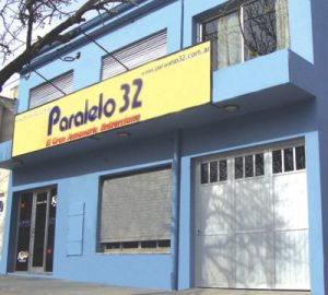 paralelo-32-local