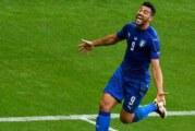 Italia disipa al campeón y avanza a cuartos de final