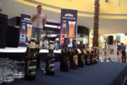 Galerías Vallarta ofreció degustación de cerveza Minerva
