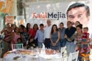 Respaldan en Bahía de Banderas al doctor Raúl Mejía