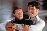 Muere Roger Moore, el James Bond que sonreía y no quería disparar