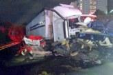 Fatal choque en la México-Toluca deja al menos 9 muertos