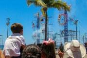 Vallartenses y turistas disfrutan espectáculo de fuegos artificiales