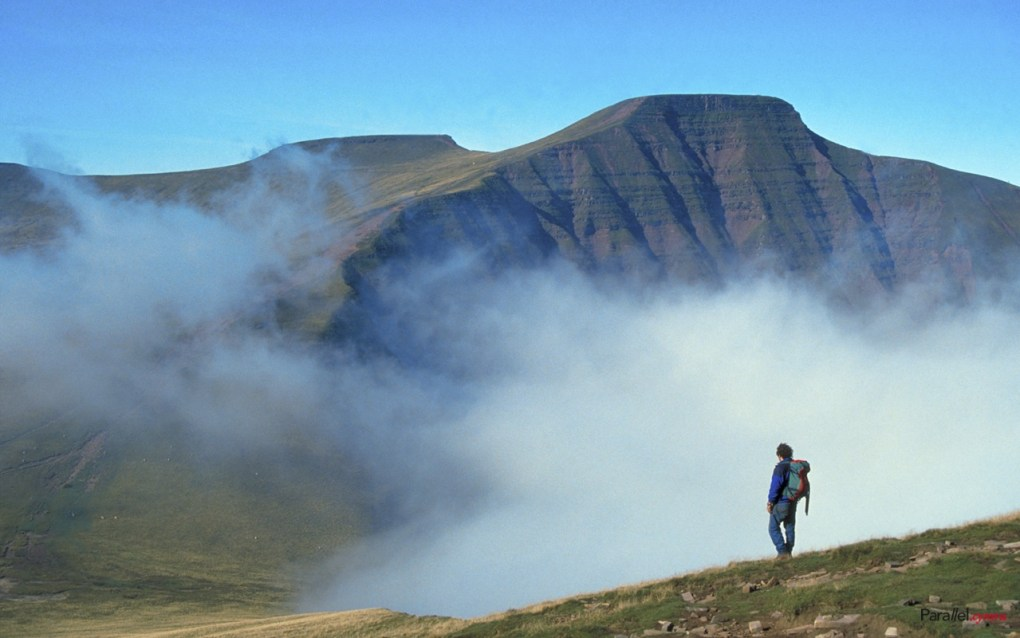 Pen y Fan 1280x800 parallel.cymru wallpaper