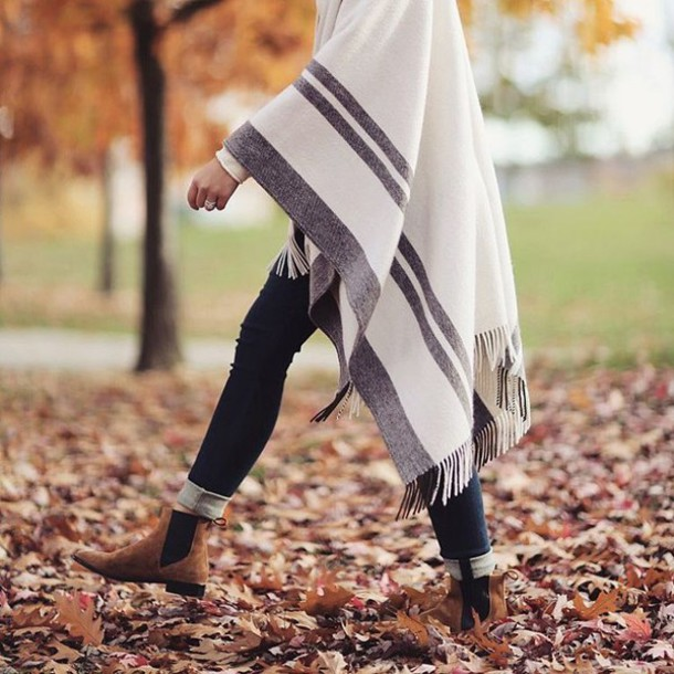 avkzjx-l-610x610-coat-tumblr-cape-blanket+scarf-jeans-denim-blue+jeans-skinny+jeans-boots-ankle+boots-brown+boots-flat+boots-fall+outfits