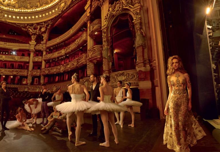 natalia-vodianova-for-vogue-us-november-2014-by-annie-leibovitz-3