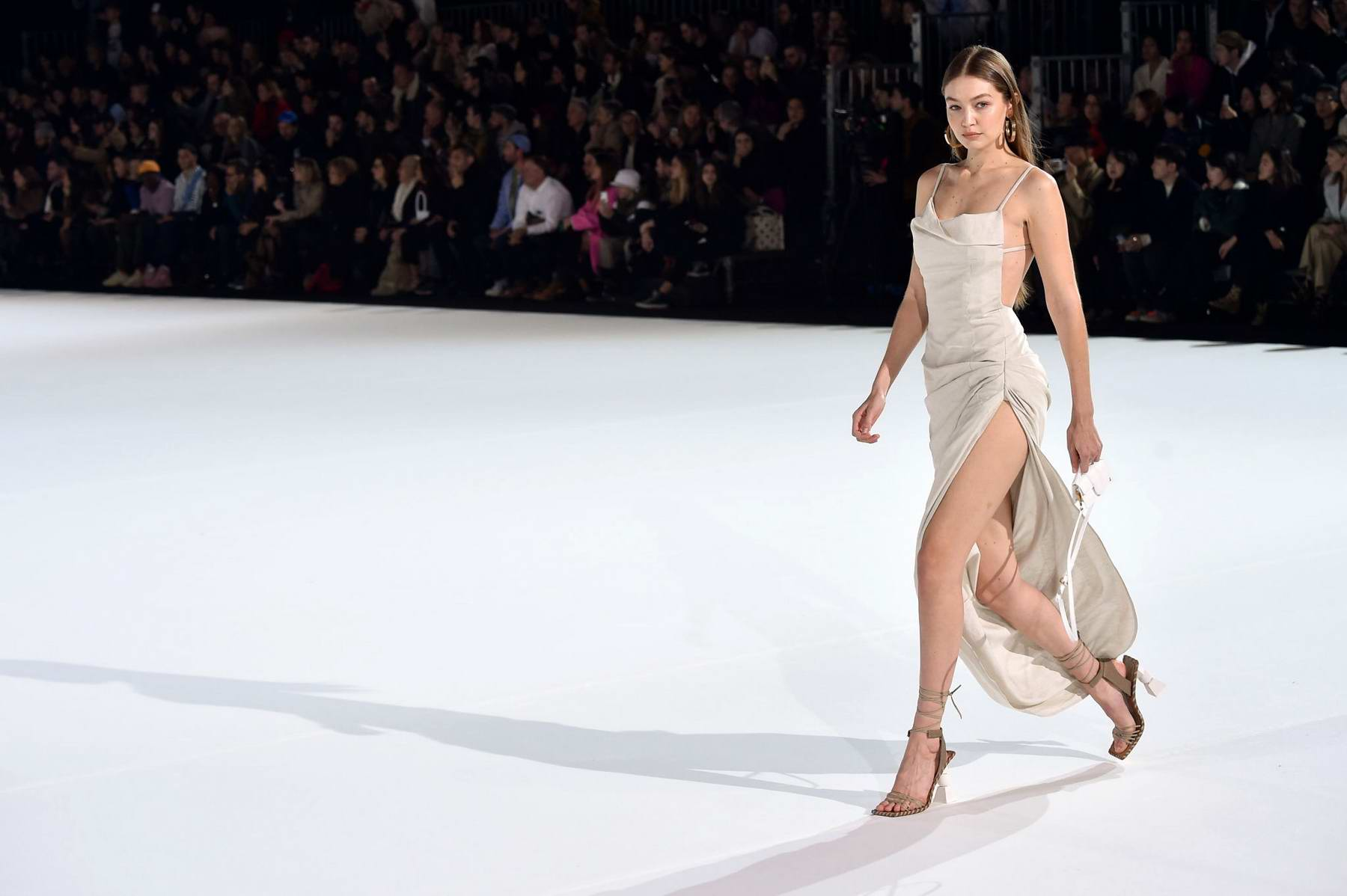 gigi-hadid-walks-the-runway-during-the-jacquemus-menswear-fall-winter-2020-2021-show-in-paris-france-180120_5