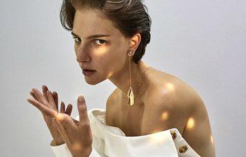 Ros-Georgiou-The-Artisan-Row-Accessories-Sue-Choi-4-700x559