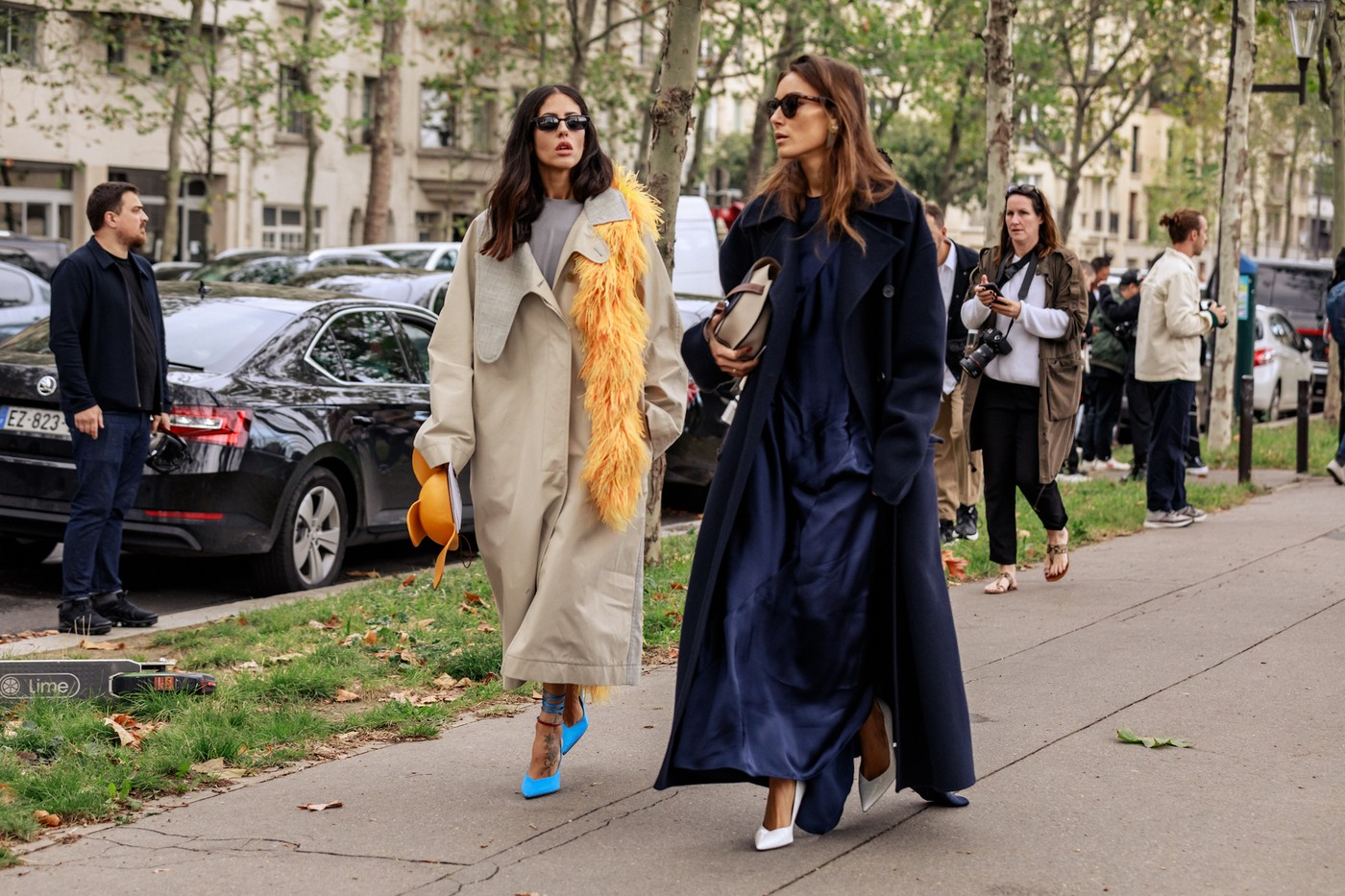 https___hypebeast.com_wp-content_blogs.dir_6_files_2019_09_paris-fashion-week-street-style-looks-ss20-6072