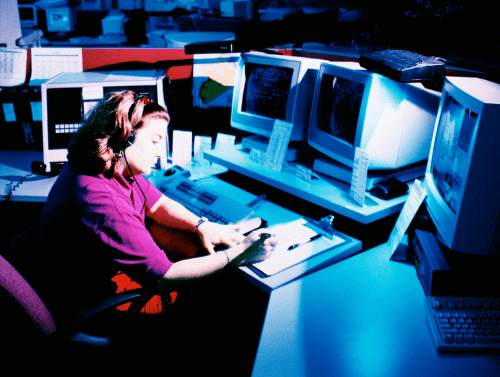 How To Land A Job As 911 Dispatcher In Canada?