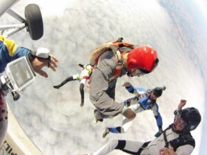 44507_skydive4