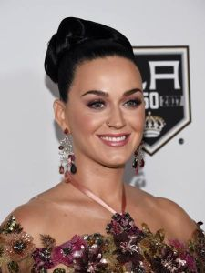 """LOS ANGELES, CA - OCTOBER 15:  Singer Katy Perry arrives at the 2016 Children's Hospital Los Angeles """"Once Upon a Time"""" Gala at the L.A. Live Event Deck on October 15, 2016 in Los Angeles, California.  (Photo by Amanda Edwards/WireImage)"""