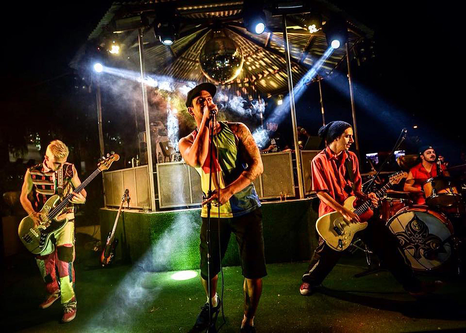 Red Hot Chili Peppers recebe tributo no Sheridan´s