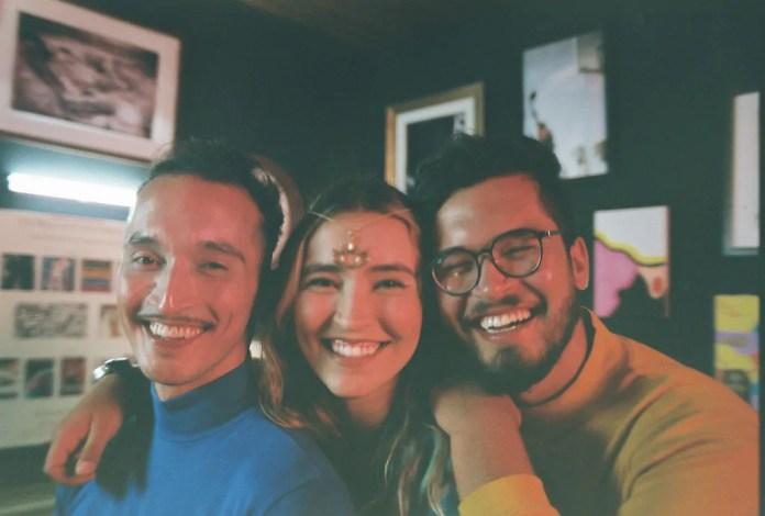 """Banda """"Cidrais"""" reflete as relações amorosas contemporâneas em seu novo clipe ''Talvez''"""