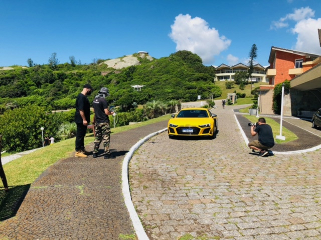Carros da Audi são filmados em cartões postais de Santa Catarina