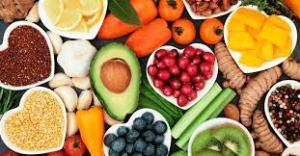 Alimentação pós-covid: o que devemos priorizar no cardápio para ajudar no tratamento de sequelas