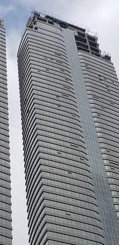 Em Camboriú, coberturas do Yachthouse ganham forma com fachada de vidro
