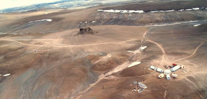 photos from mars are shot on devon island
