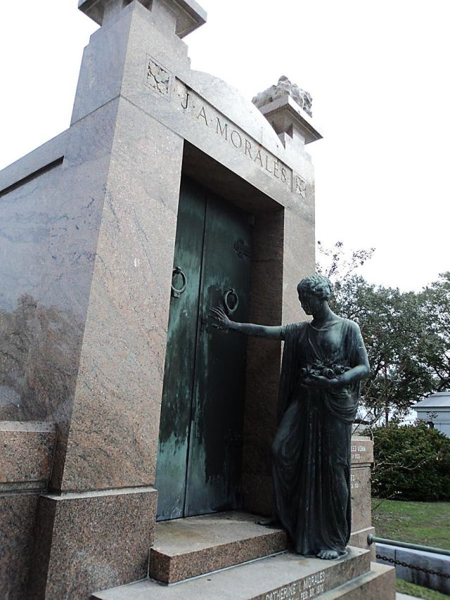 Miss Josie Arlington and her HAUNTED Tomb