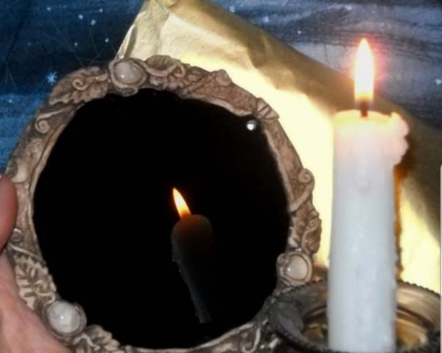 We Tried some Dark Mirror Scrying!   Make your own to TRY!