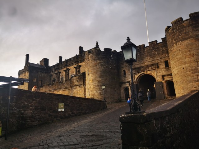 Sterling Castle |History and Its Hauntings!