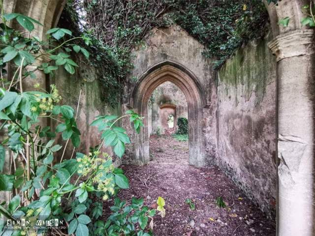 Hidden Ivy Church | Urban Exploring