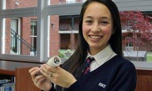 À 15 ans, elle invente une source de lumière inépuisable