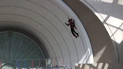 Un homme s'envole pour de vrai grâce à un jetpack