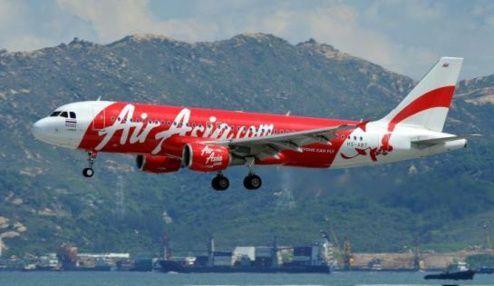 A la recherche d'un Airbus d'Air Asia disparu