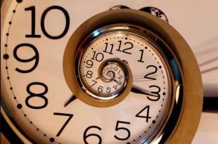Un employé de la Nasa à la retraite montre des preuves du voyage dans le temps