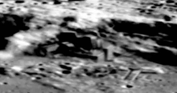 La Chine publie des images de bases extraterrestres