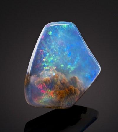 La magnifique Opale - Une pierre maléfique ?