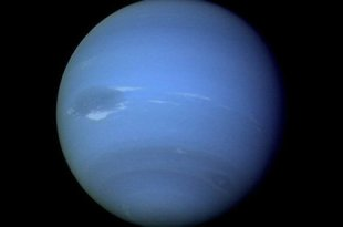 Un objet cosmique mystérieux découvert derrière Neptune