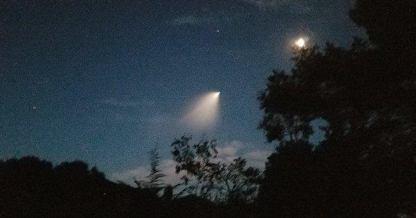 Vidéos: Des ovnis ou des missiles dans le ciel californien ?