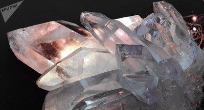 Vidéo: Une mystérieuse arme en cristal datant de 3.500 av. JC découverte en Espagne