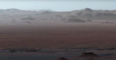 Vidéo: La Nasa dévoile de nouvelles images de Mars prises par le robot Curiosity (Et pourquoi elle s'amuse à retoucher les couleurs ?)