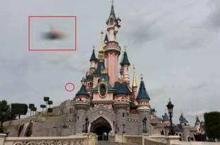 Cet Ovni a été photographié à Disney Land Paris en mai 2015