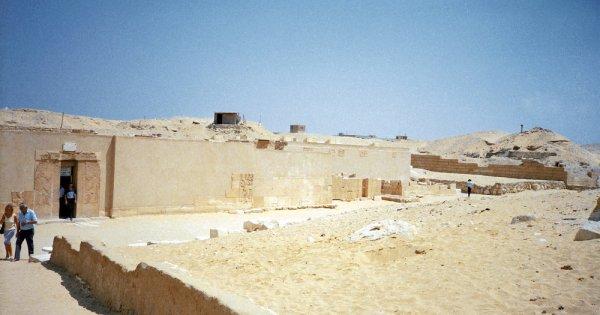 Egypte: Découverte de la tombe d'un général vieille de 3 500 ans