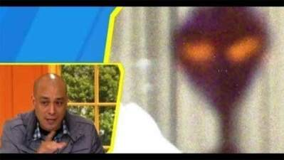 """Vidéo: Un enquêteur Mexicain du Paranormal a publié des photos """"d'extraterrestres"""" à la télévision"""